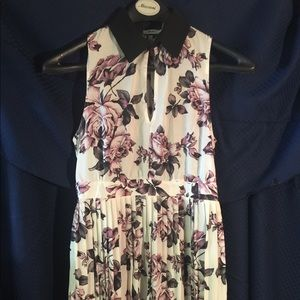 Kimchi Blue floral dress size6 **Urban Outfitters